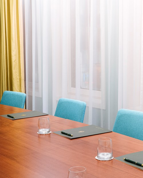 Meeting room for 8 persons
